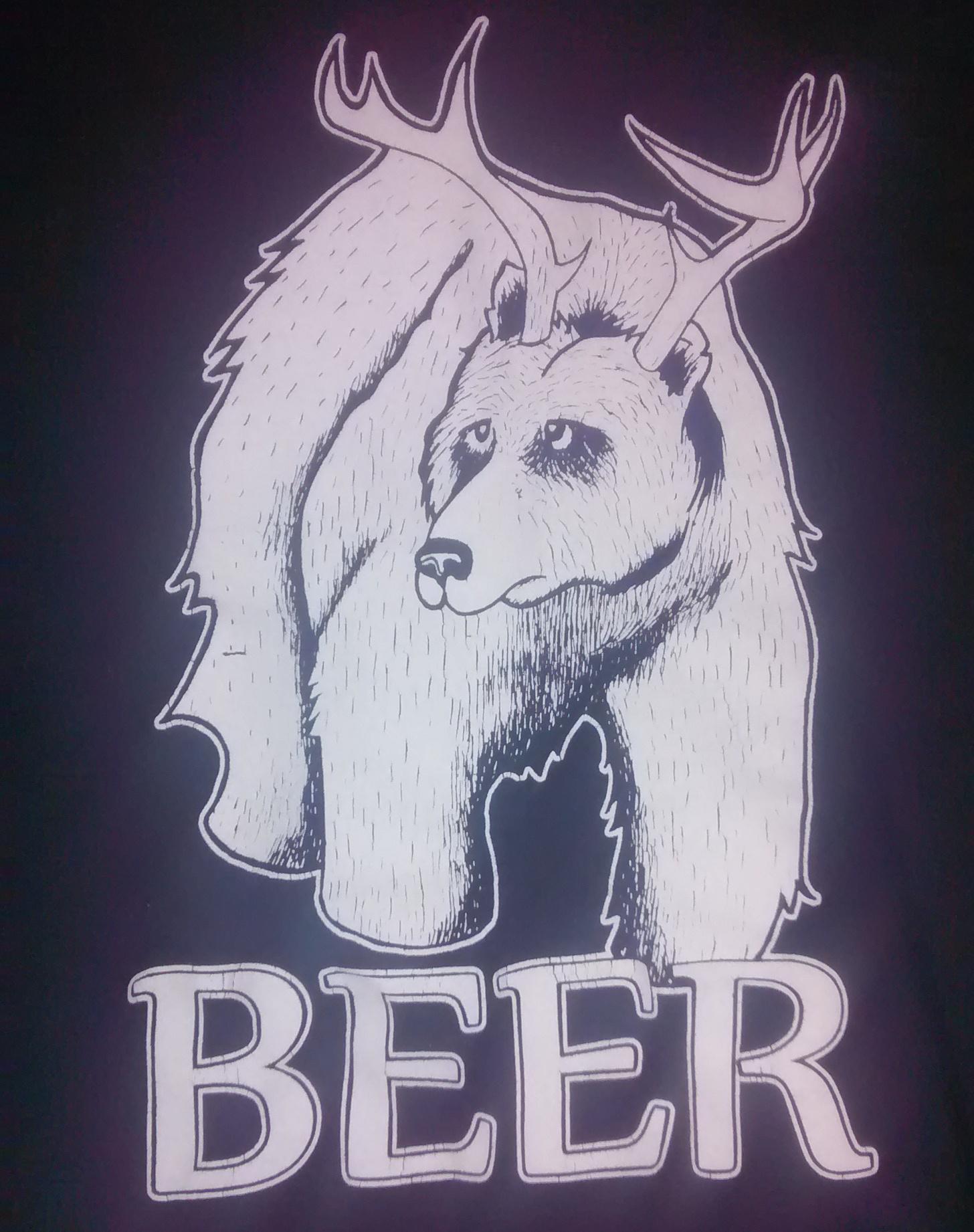 T-Shirt Maxwells on Main Beer